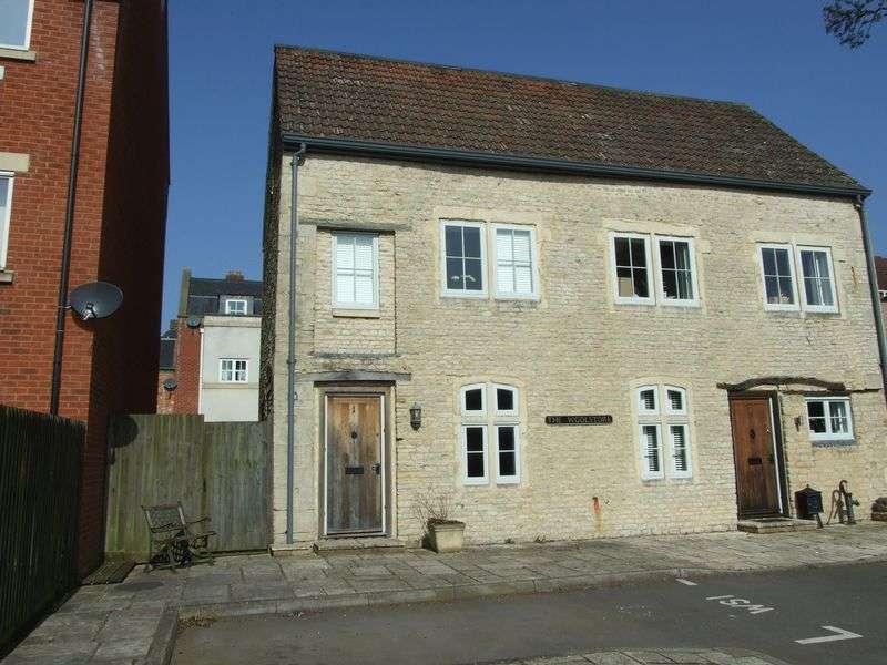 3 Bedrooms Semi Detached House for sale in Conigre, Trowbridge