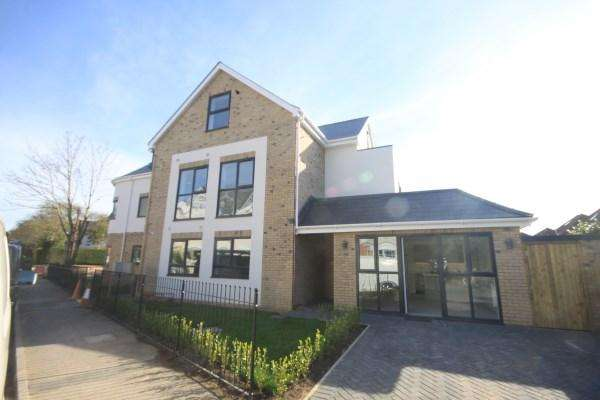 3 Bedrooms Apartment Flat for sale in Westbourne Park Road, Bournemouth