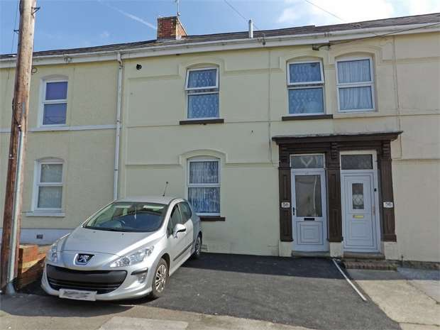 3 Bedrooms Terraced House for sale in Tirycoed Road, Glanamman, Ammanford, Carmarthenshire