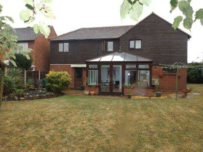 House for sale in South Woodham Ferrers, Chelmsford, Essex