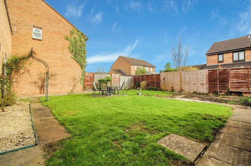 2 Bedrooms Bungalow for sale in Lavender Court, Frome