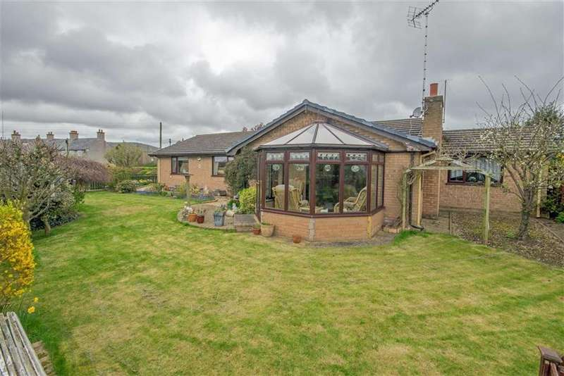3 Bedrooms Detached Bungalow for sale in Holywell Road, Caerwys, Mold
