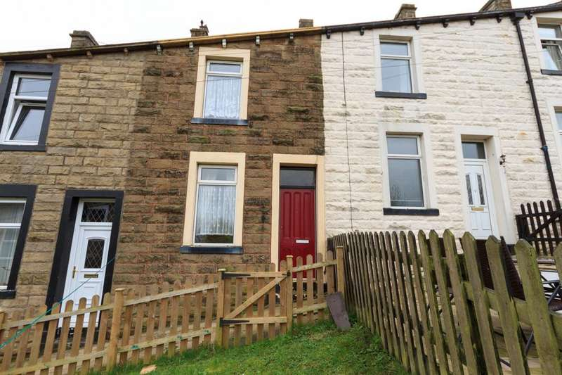 3 Bedrooms Terraced House for sale in Queen Street, Barnoldswick BB18