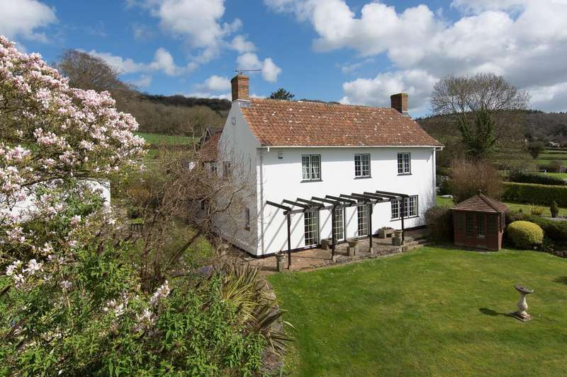 4 Bedrooms Cottage House for sale in Character cottage on the edge of Wrington
