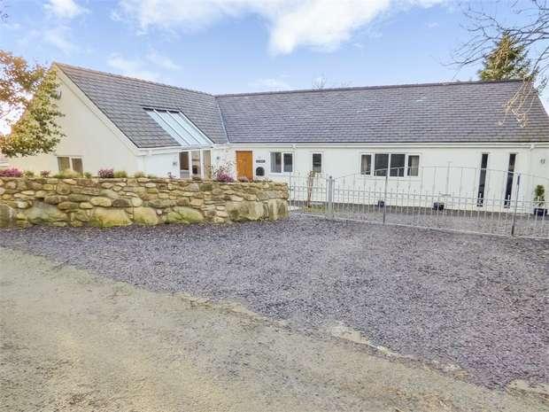 5 Bedrooms Detached Bungalow for sale in Rhostryfan, Caernarfon, Gwynedd