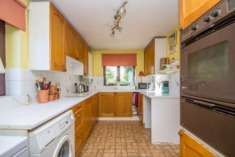 4 Bedrooms Semi Detached House for sale in PURLEY