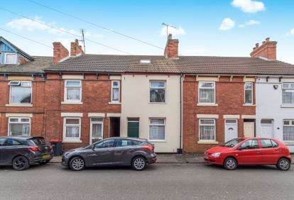 4 Bedrooms Terraced House for sale in Nesbitt Street, Sutton-In-Ashfield, Nottinghamshire, Notts