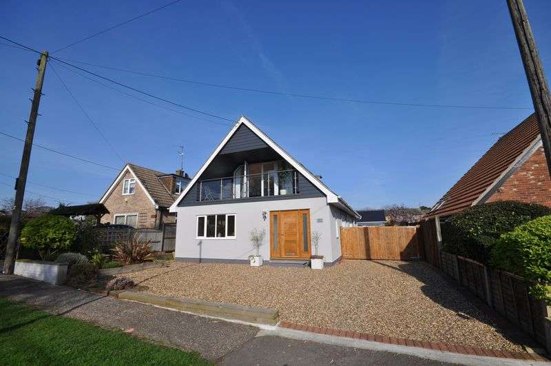 4 Bedrooms Detached House for sale in Fairhaven Avenue, West Mersea