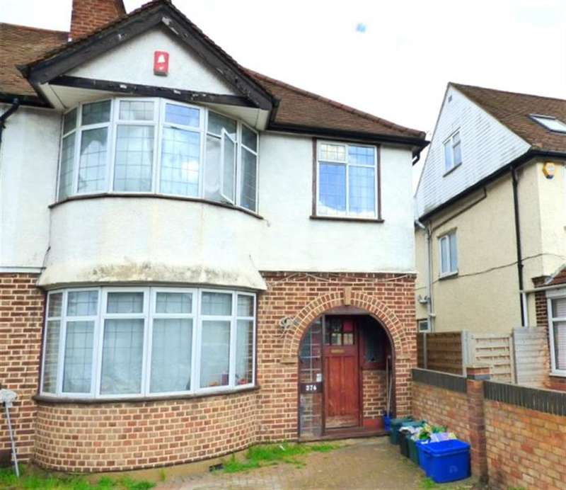3 Bedrooms Semi Detached House for sale in Nelson Road , Hounslow , TW3 3UW