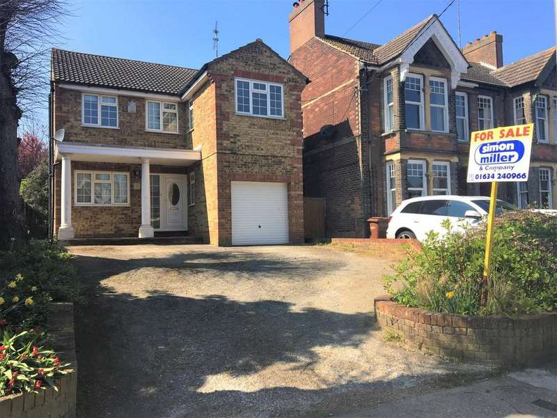 4 Bedrooms Detached House for sale in High Street, Halling