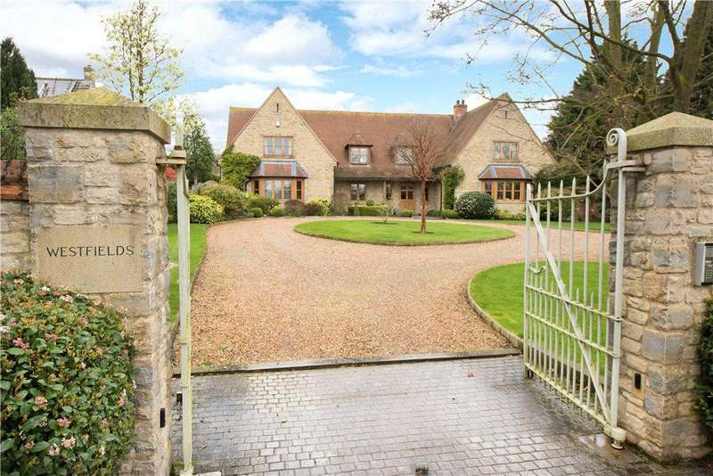 5 Bedrooms Detached House for sale in High Street, Pavenham, Bedford, Bedfordshire