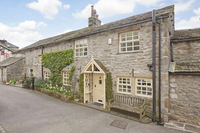 4 Bedrooms Semi Detached House for sale in Brown Fold Cottage, Grassington