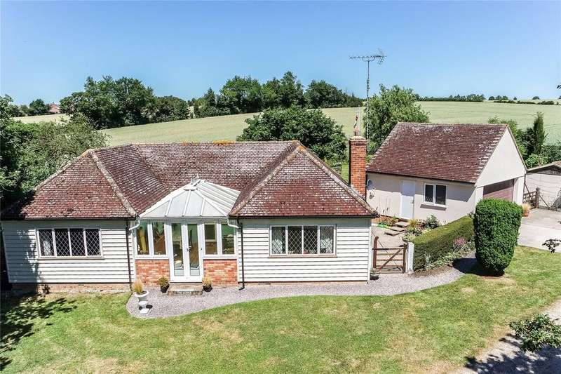 3 Bedrooms Detached Bungalow for sale in Feltimores, Hobbs Cross Road, Old Harlow, Essex, CM17