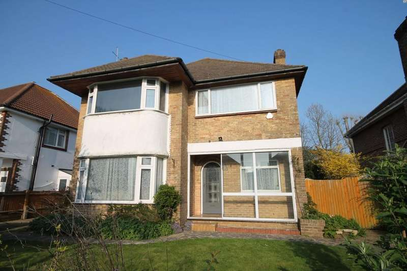 4 Bedrooms Detached House for sale in Southview Drive, Worthing