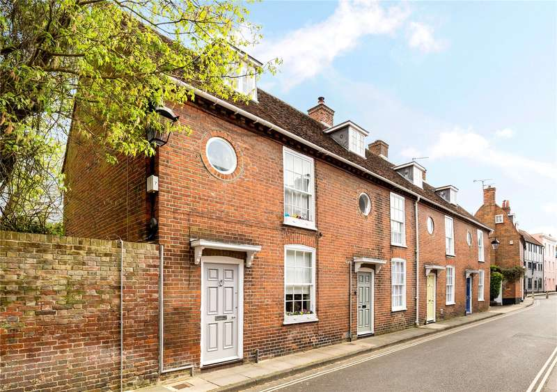 3 Bedrooms Terraced House for sale in Little London, Chichester, West Sussex, PO19