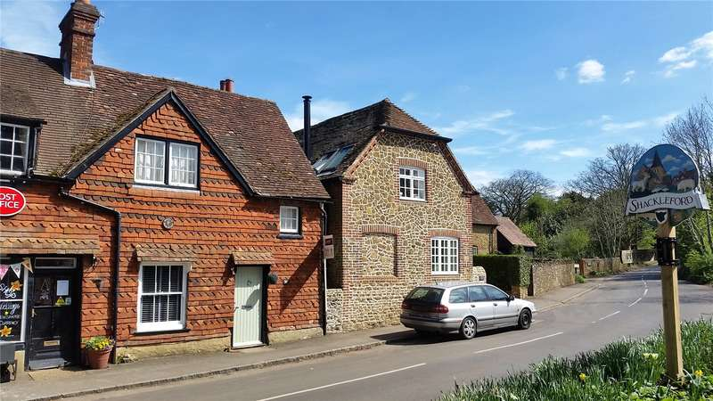 2 Bedrooms Semi Detached House for sale in The Street, Shackleford, Godalming, Surrey, GU8