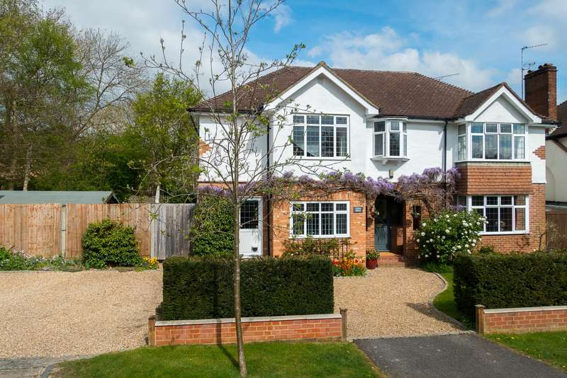 5 Bedrooms Detached House for sale in The Rowans, Chalfont St. Peter, SL9