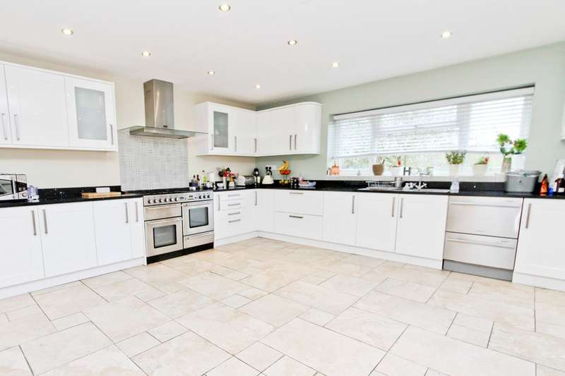 4 Bedrooms Semi Detached House for sale in Joel Street, Pinner