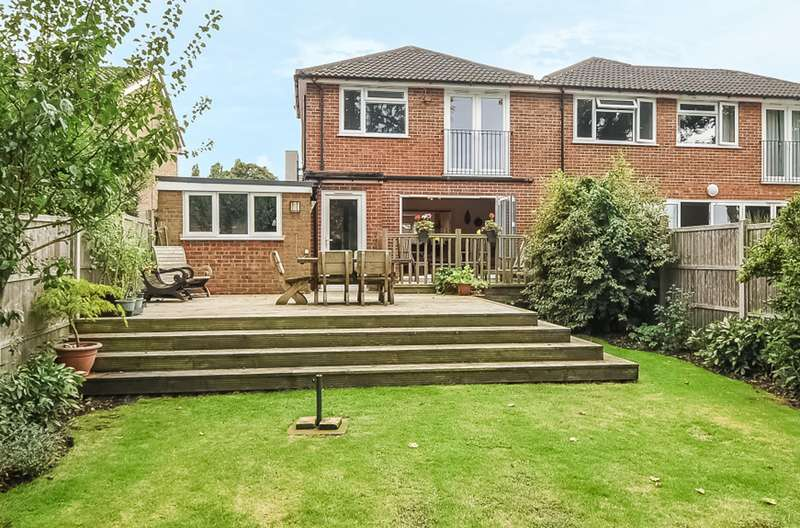 4 Bedrooms Semi Detached House for sale in Thorpe