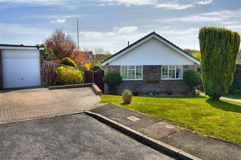 3 Bedrooms Detached Bungalow for sale in Offham Close, Seaford, East Sussex