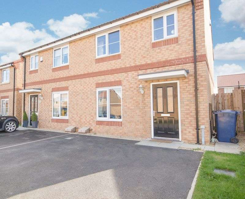 3 Bedrooms Semi Detached House for sale in Birchwood Grove, Normanby, Middlesbrough, TS6 0GE