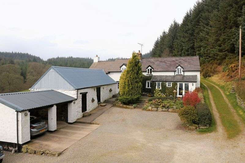 3 Bedrooms Detached House for sale in Clocaenog, Ruthin