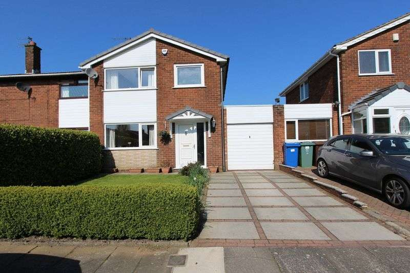 3 Bedrooms Semi Detached House for sale in Woburn Drive, Hollins, Bury