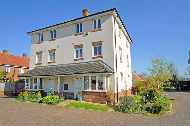 4 Bedrooms Semi Detached House for sale in Hellingly