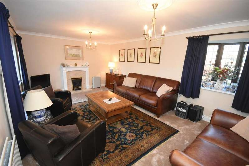 4 Bedrooms Detached House for sale in Grosvenor Way, Barton Seagrave, Kettering