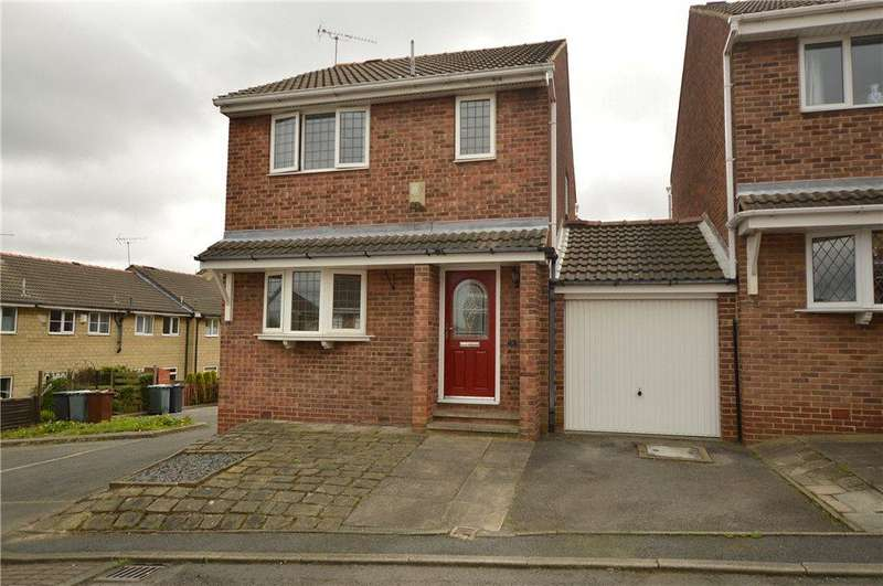 3 Bedrooms Link Detached House for sale in Cobden Mews, Morley, Leeds