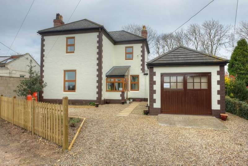 4 Bedrooms Detached House for sale in Ashwellthorpe, Norfolk