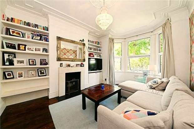 2 Bedrooms Flat for sale in Odessa Road, Kensal Green, LONDON