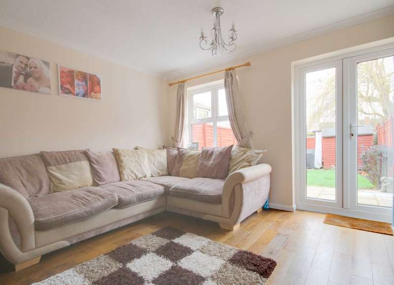 2 Bedrooms Terraced House for sale in Lime Place, Steeple View