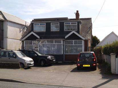 8 Bedrooms Bungalow for sale in Newquay, Cornwall, England