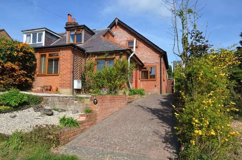 3 Bedrooms Bungalow for sale in Milton Fields, Chalfont St. Giles, HP8