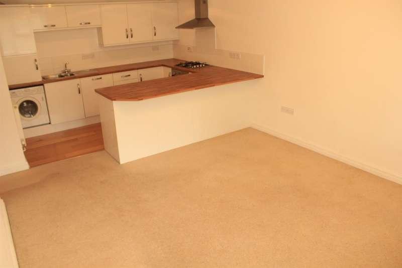 2 Bedrooms Maisonette Flat for sale in Lisvane Road, Lisvane, Cardiff