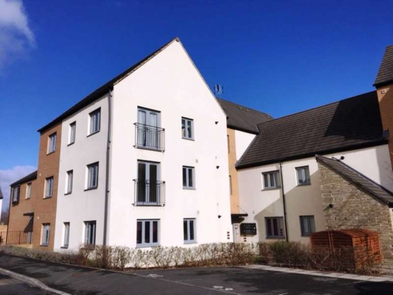 2 Bedrooms Flat for sale in Orleigh Cross, Newton Abbot