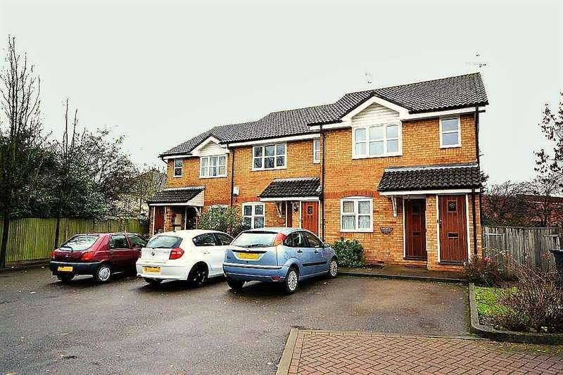 1 Bedroom Maisonette Flat for sale in The Hollies, Christchurch Aveue, Harrow, Middlesex, HA3 8NX