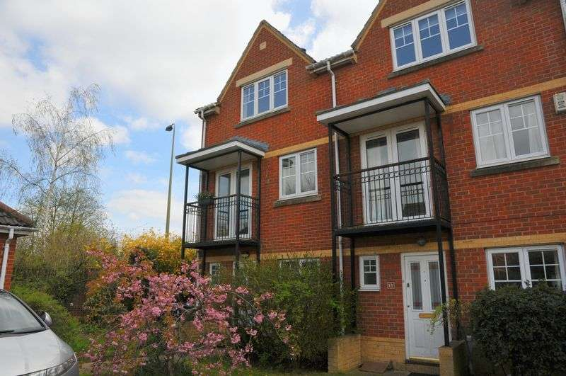 4 Bedrooms Semi Detached House for sale in Meyseys Close, Headington