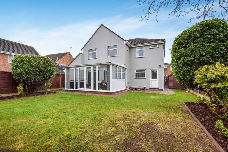 5 Bedrooms Detached House for sale in Tollgate Drive, Stanway
