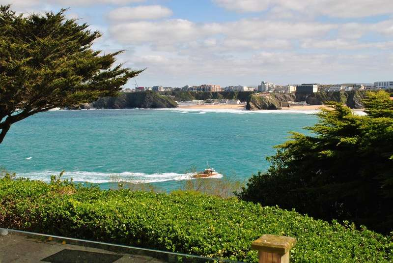 2 Bedrooms Flat for sale in King Edward Crescent, Newquay