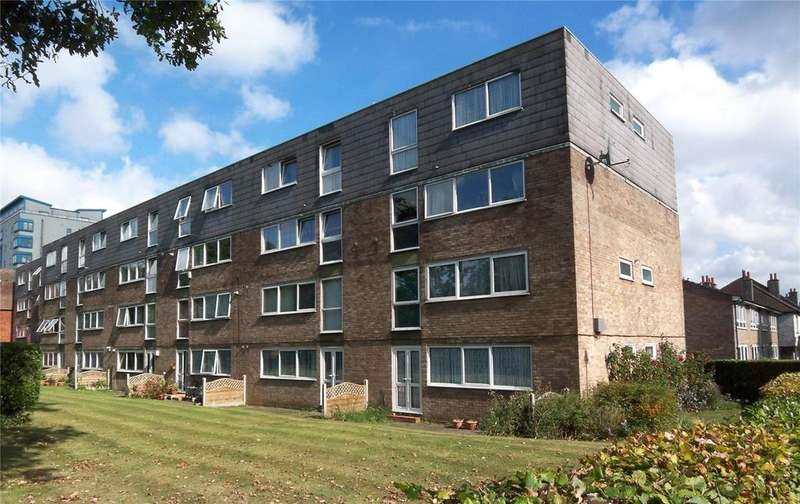 2 Bedrooms Flat for sale in Kintyre Close, Norbury, SW16
