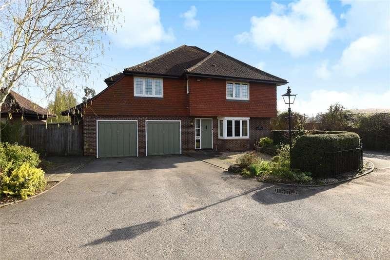 5 Bedrooms Detached House for sale in Balchins Close, Wisborough Green