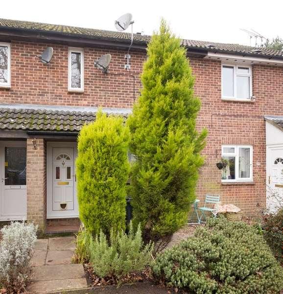 1 Bedroom Flat for sale in Avon Drive, Salisbury, Wiltshire, SP5