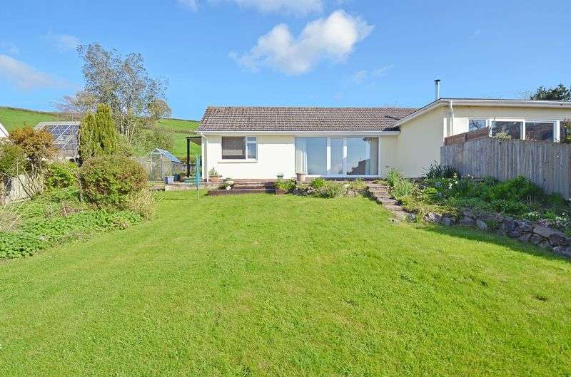 2 Bedrooms Semi Detached Bungalow for sale in Bovey Tracey