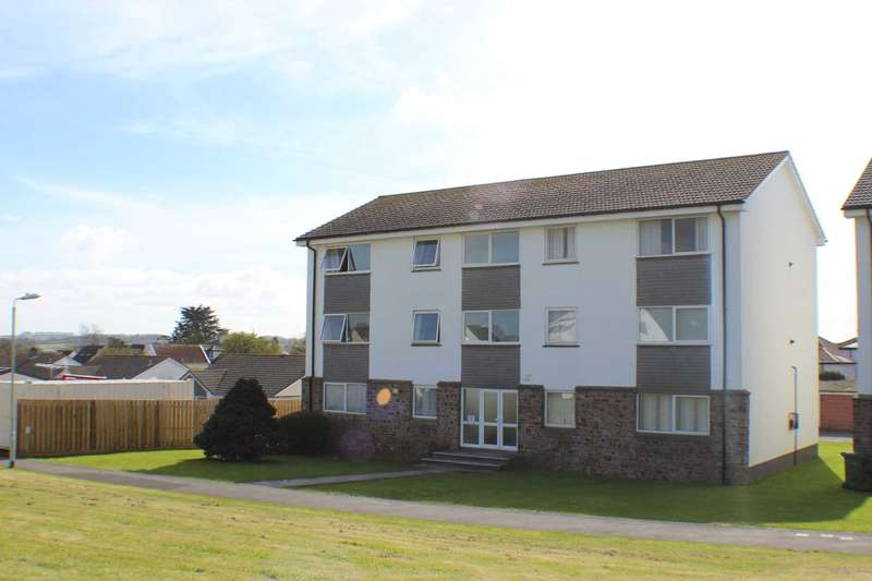 2 Bedrooms Apartment Flat for sale in College Close, Westward Ho!