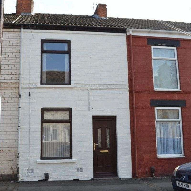2 Bedrooms Terraced House for sale in North Parade, Scunthorpe