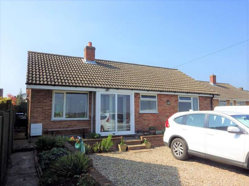 2 Bedrooms Detached Bungalow for sale in Lodge Farm Road, Glemsford CO10