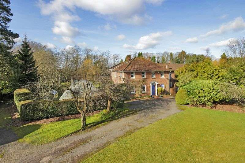 4 Bedrooms House for sale in Sandhill Lane, Crawley Down, West Sussex