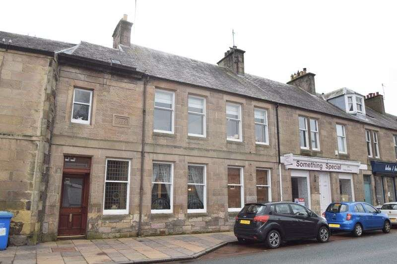 4 Bedrooms Terraced House for sale in 52 High Street, Biggar
